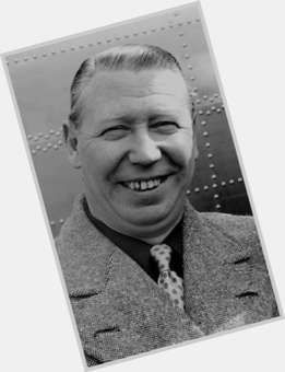 "<a href=""/hot-men/george-formby/is-he-still-alive-public-domain-where-buried"">George Formby</a>"