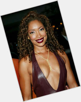 "<a href=""/hot-women/gina-torres/is-she-black-pregnant-toyota-commercial-american-horror"">Gina Torres</a> Slim body,  dark brown hair & hairstyles"