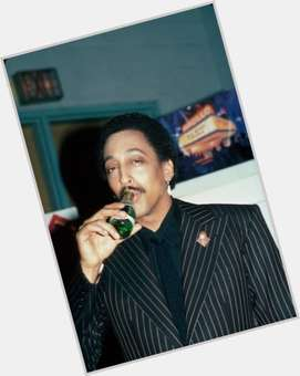 "<a href=""/hot-men/gregory-hines/is-he-alive-still-living-why-buried-canada"">Gregory Hines</a> Slim body,  dark brown hair & hairstyles"