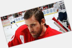 "<a href=""/hot-men/henrik-zetterberg/is-he-married-hall-famer-injury-playing-tonight"">Henrik Zetterberg</a> Athletic body,"