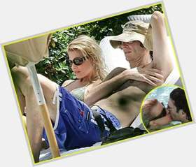 "<a href=""/hot-men/howard-stern/is-he-married-bald-live-today-still-sirius"">Howard Stern</a> Slim body,  dark brown hair & hairstyles"