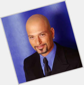 "<a href=""/hot-men/howie-mandel/is-he-married-freemason-atheist-left-handed-american"">Howie Mandel</a> Slim body,  black hair & hairstyles"