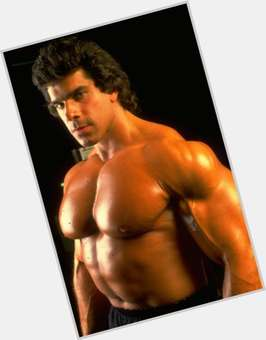 Lou Ferrigno dark brown hair & hairstyles Bodybuilder body,