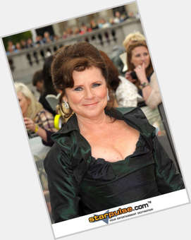 "<a href=""/hot-women/imelda-staunton/is-she-married-nice-downton-abbey-tall-it"">Imelda Staunton</a> Average body,  light brown hair & hairstyles"