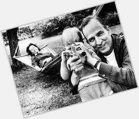 "<a href=""/hot-men/ingmar-bergman/is-he-related-ingrid-atheist-auteur-alive-overrated"">Ingmar Bergman</a> Average body,  black hair & hairstyles"