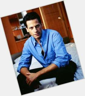 Ioan Gruffudd dark brown hair & hairstyles Athletic body,
