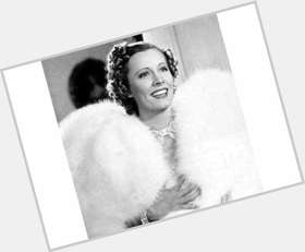 "<a href=""/hot-women/irene-dunne/is-she-still-alive-where-buried"">Irene Dunne</a> Slim body,  dark brown hair & hairstyles"