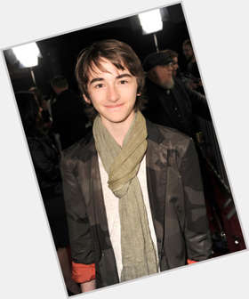 "<a href=""/hot-men/isaac-hempstead-wright/is-he-where-hempstead-wright-when-birthday"">Isaac Hempstead Wright</a> Slim body,  dark brown hair & hairstyles"