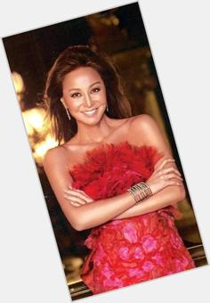 "<a href=""/hot-women/isabel-preysler/is-she-filipino-married-still-alive-dating-where"">Isabel Preysler</a> Slim body,  black hair & hairstyles"