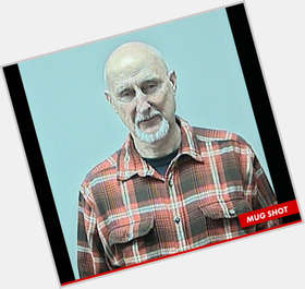 "<a href=""/hot-men/james-cromwell/is-he-still-alive-vegan-married-anna-stuart"">James Cromwell</a> Slim body,  grey hair & hairstyles"