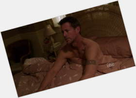 "<a href=""/hot-men/james-denton/is-he-christian-married-leaving-desperate-housewives-true"">James Denton</a> Athletic body,  dark brown hair & hairstyles"
