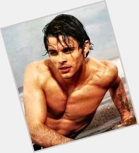 James Marsden dark brown hair & hairstyles Athletic body,