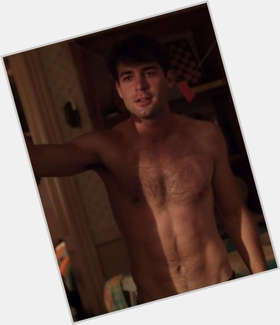 "<a href=""/hot-men/james-wolk/is-he-dating-married-straight-girlfriend-tall-hot"">James Wolk</a> Average body,  dark brown hair & hairstyles"