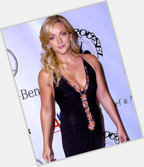 "<a href=""/hot-women/jane-krakowski/is-she-married-hot-pregnant-national-lampoons-nice"">Jane Krakowski</a> Slim body,  blonde hair & hairstyles"