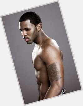 "<a href=""/hot-men/jason-derulo/is-he-engaged-married-haitian-marrying-jordin-sparks"">Jason Derulo</a> Athletic body,  black hair & hairstyles"