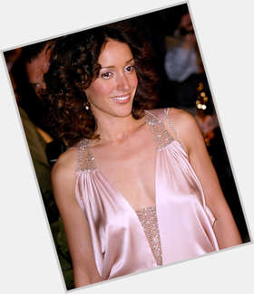 "<a href=""/hot-women/jennifer-beals/is-she-married-black-dancer-related-jessica-daughter"">Jennifer Beals</a> Athletic body,  dark brown hair & hairstyles"