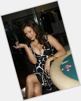 Jennifer Tilly black hair & hairstyles Voluptuous body,