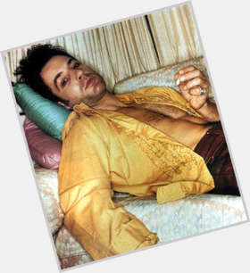 Jeremy Northam dark brown hair & hairstyles Athletic body,