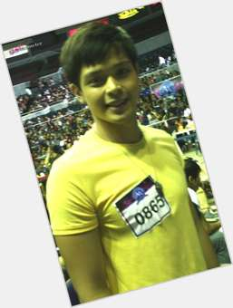 "<a href=""/hot-men/alvin-patrimonio/is-he-separated-where-now-dating"">Alvin Patrimonio</a> Athletic body,"