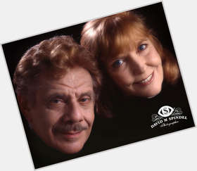 "<a href=""/hot-men/jerry-stiller/is-he-alive-still-married-anne-meara"">Jerry Stiller</a> Average body,  salt and pepper hair & hairstyles"