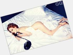 "<a href=""/hot-women/jessica-chastain/is-she-married-natural-redhead-hot-ron-howards"">Jessica Chastain</a> Slim body,  red hair & hairstyles"