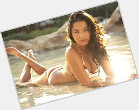 "<a href=""/hot-women/jessica-gomes/is-she-korea-single-dating-boyfriend-what-bra"">Jessica Gomes</a> Slim body,  dark brown hair & hairstyles"