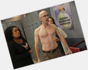 "<a href=""/hot-men/jim-rash/is-he-married-sick-straight-moby-knocked-phil"">Jim Rash</a> Slim body,  bald hair & hairstyles"