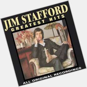 "<a href=""/hot-men/jim-stafford/is-he-married-alive-where-now-tall"">Jim Stafford</a> Slim body,  dark brown hair & hairstyles"