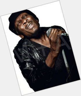 "<a href=""/hot-men/jimmy-cliff/is-he-married-still-alive-knighted-sir-blind"">Jimmy Cliff</a> Average body,  black hair & hairstyles"
