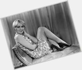 "<a href=""/hot-women/joan-blondell/is-she-still-alive-where-buried"">Joan Blondell</a> Slim body,  blonde hair & hairstyles"