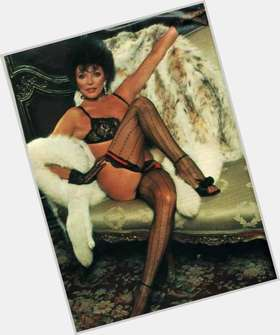 "<a href=""/hot-women/joan-collins/is-she-still-alive-married-bald"">Joan Collins</a> Average body,  dark brown hair & hairstyles"
