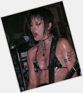 "<a href=""/hot-women/joan-jett/is-she-married-alive-man-vegan-touring-vegetarian"">Joan Jett</a> Athletic body,  black hair & hairstyles"