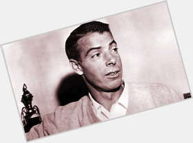 "<a href=""/hot-men/joe-dimaggio/is-he-still-alive-hall-fame-related-john"">Joe Dimaggio</a> Average body,  dark brown hair & hairstyles"