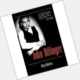 "<a href=""/hot-men/john-dillinger/is-he-still-alive-smithsonian-real-person-dillingers"">John Dillinger</a> Average body,  dark brown hair & hairstyles"