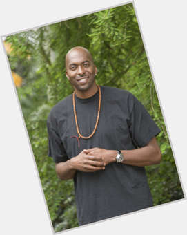 "<a href=""/hot-men/john-salley/is-he-married-vegan-divorce-hall-fame-we"">John Salley</a> Slim body,  bald hair & hairstyles"