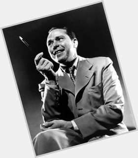 "<a href=""/hot-men/johnny-mercer/is-he-still-alive-where-buried-theatre-pier"">Johnny Mercer</a> Average body,"