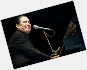 "<a href=""/hot-men/jools-holland/is-he-live-good-pianist-married-hootenanny-alcoholic"">Jools Holland</a> Average body,  dark brown hair & hairstyles"