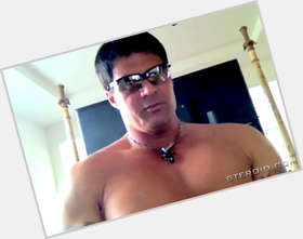 "<a href=""/hot-men/jose-canseco/is-he-married-alive-broke-hall-fame-banned"">Jose Canseco</a> Bodybuilder body,  black hair & hairstyles"