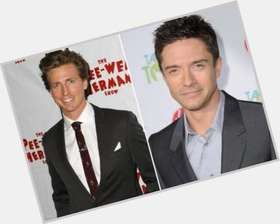 "<a href=""/hot-men/josh-meyers/is-he-married-related-seth-mike-myers-dating"">Josh Meyers</a> Athletic body,  light brown hair & hairstyles"