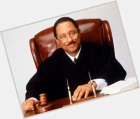 "<a href=""/hot-men/judge-joe-brown/is-he-cancelled-show-fake-real-married-air"">Judge Joe Brown</a> Average body,  dark brown hair & hairstyles"