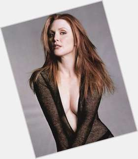 "<a href=""/hot-women/julianne-moore/is-she-smoker-hunger-games-left-handed-atheist"">Julianne Moore</a> Slim body,  red hair & hairstyles"