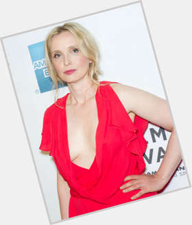 "<a href=""/hot-women/julie-delpy/is-she-married-fat-pregnant-french-dating-where"">Julie Delpy</a> Slim body,  blonde hair & hairstyles"
