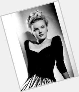 "<a href=""/hot-women/june-haver/is-she-still-alive-living-havers-sister-haverly"">June Haver</a> Athletic body,  blonde hair & hairstyles"