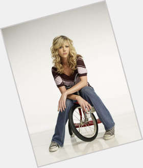 "<a href=""/hot-women/kaitlin-olson/is-she-still-brickleberry-hot-pregnant-season-2"">Kaitlin Olson</a>  blonde hair & hairstyles"