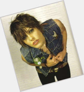"<a href=""/hot-women/katherine-moennig/is-she-man-les-straight-single-dating-married"">Katherine Moennig</a> Slim body,  light brown hair & hairstyles"
