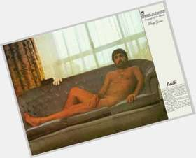 "<a href=""/hot-men/keith-moon/is-he-still-alive-best-drummer-ever-good"">Keith Moon</a> Average body,  dark brown hair & hairstyles"