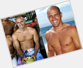 "<a href=""/hot-men/kelly-slater/is-he-married-jerk-vegan-bald-christian-black"">Kelly Slater</a> Athletic body,  dark brown hair & hairstyles"