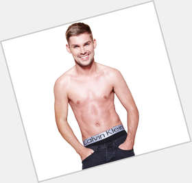 "<a href=""/hot-men/kieron-richardson/is-he-leaving-hollyoaks-single-dating-pj-brennan"">Kieron Richardson</a> Slim body,  dark brown hair & hairstyles"