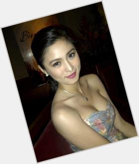"<a href=""/hot-women/kim-chiu/is-she-still-virgin-filipino-or-chinese-and"">Kim Chiu</a> Slim body,  dark brown hair & hairstyles"