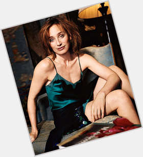 "<a href=""/hot-women/kristin-scott-thomas/is-she-married-french-beautiful-bilingual-single-dating"">Kristin Scott Thomas</a> Slim body,  dark brown hair & hairstyles"